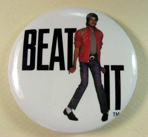 MICHAEL JACKSON BEAT IT 1984 Pinback Button Pin Badge